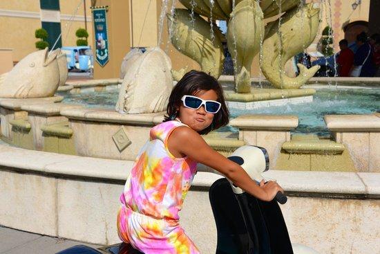 Loews Portofino Bay Hotel at Universal Orlando: Portofino Valet Entrance