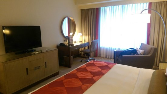 Holiday Inn Macao Cotai Central: room