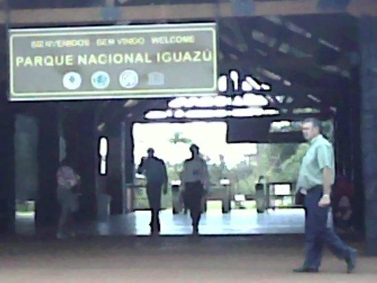 Cataratas del Iguazú: Entrada do parque