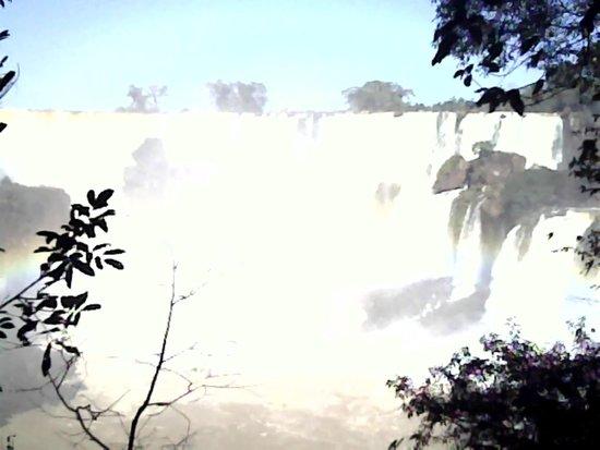 Iguazu Falls: Uma das inumeras Cataratas