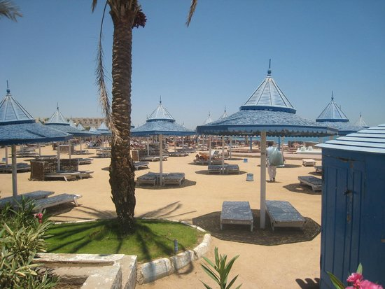 The Grand Hotel Hurghada : Пляж