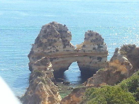 Camilo Beach: Praia do Camilo - twin towers rocks