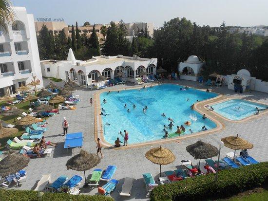 Hotel Menara: piscine de l'hôtel