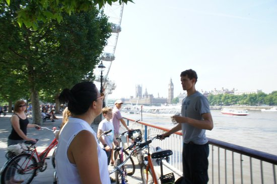 Fat Tire Bike Tours - London: View of The House of Parliament
