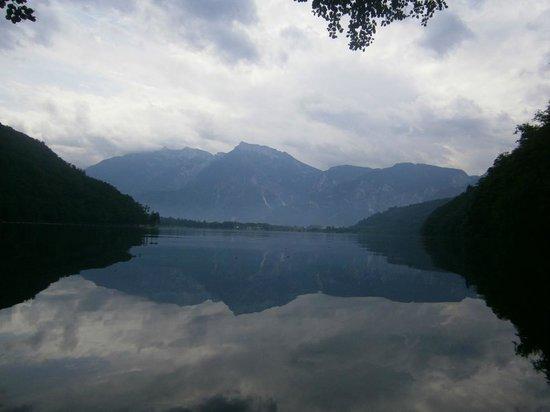 Sport&Wellness Hotel Cristallo : passeggiata al lago