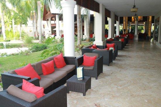 Dreams Palm Beach Punta Cana: walkway