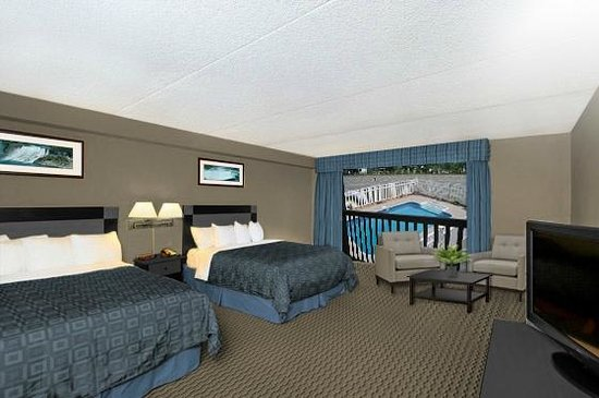 Best Western Fallsview: 2 Double Pool View