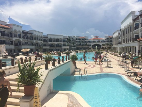 The Royal Playa del Carmen: Beautiful resort!
