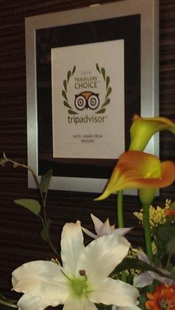 Hotel Grand Fresa Akasaka : フロントに飾ってありました!