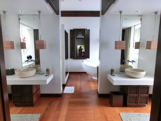 Four Seasons Resort Koh Samui Thailand: バスルーム