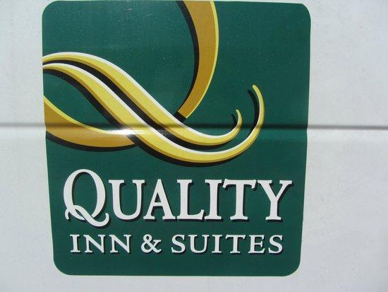 Quality Inn & Suites Denver Airport Gateway Park: sign
