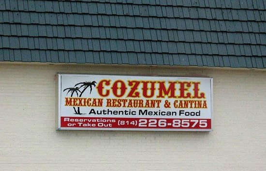 Cozumel Mexican Restaurant & Cantina: Sign outside