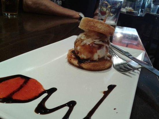 Bar Alameda: Timbal de huevo con chistorra