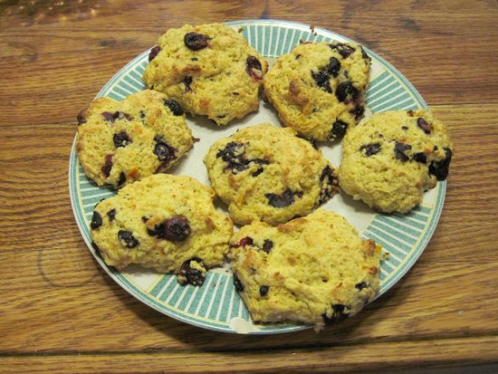 Maple House Bed & Breakfast : Blueberry orange drop biscuits.