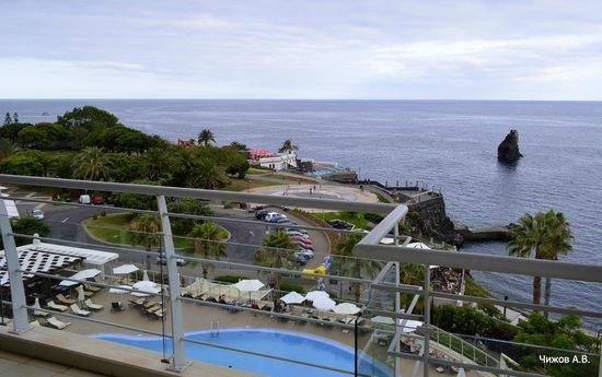 Melia Madeira Mare Resort & Spa: Набережная