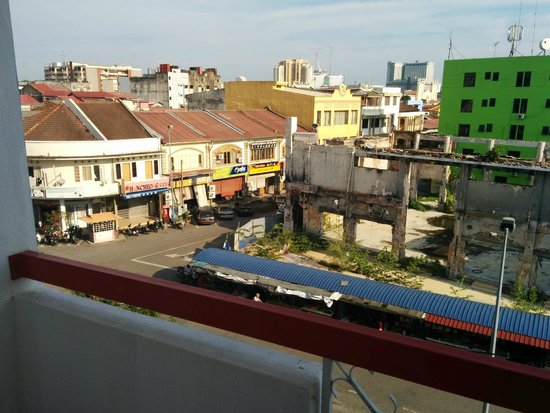 Prima Hotel Melaka: View from balcony level 3