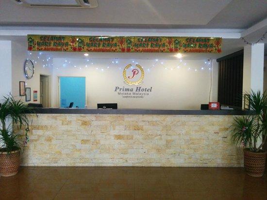Prima Hotel Melaka : Reception