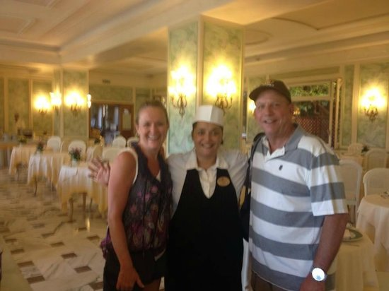 Grand Hotel De La Ville Sorrento: Giusy, the Egg lady