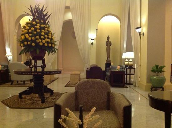 Raffles Hotel Le Royal : Hotel Lobby