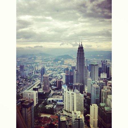 Shangri-La Hotel Kuala Lumpur : view of the hotel