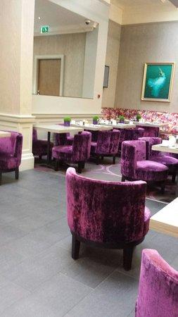 Radisson Blu Edwardian Grafton Hotel: breakfast area
