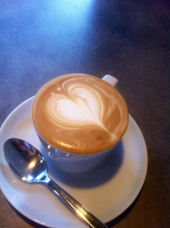 Baaila Cafe: Bester Cappuccino in town!