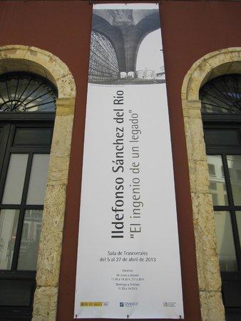 Plaza Trascorrales: Sala Trascorrales. Sala de exposiciones en la plaza