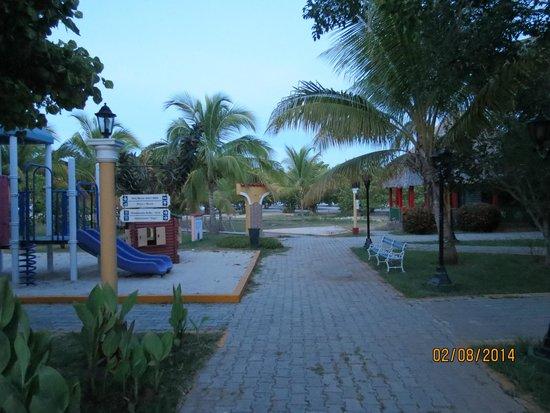 Brisas Trinidad del Mar: Terrain