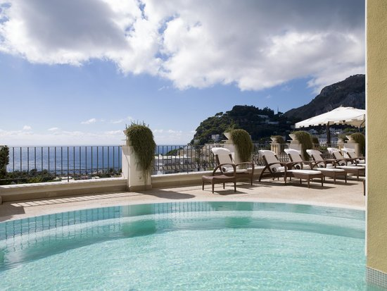 Capri Tiberio Palace: Pool