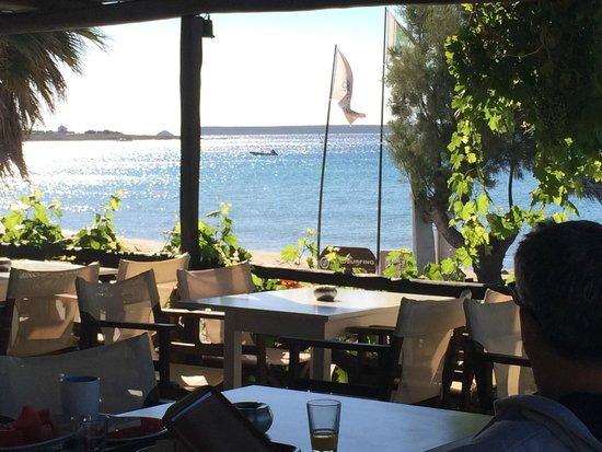 Golden Beach Hotel: Another breakfast in paradise..!