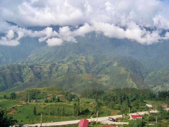 Sunny Mountain Hotel : Vue de la terrasse
