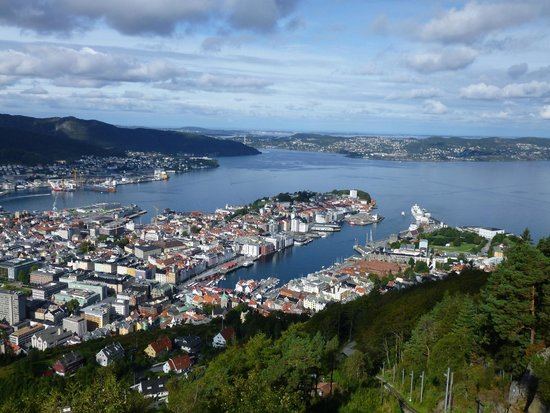 Mount Floyen and the Funicular (Floibanen): Bergen