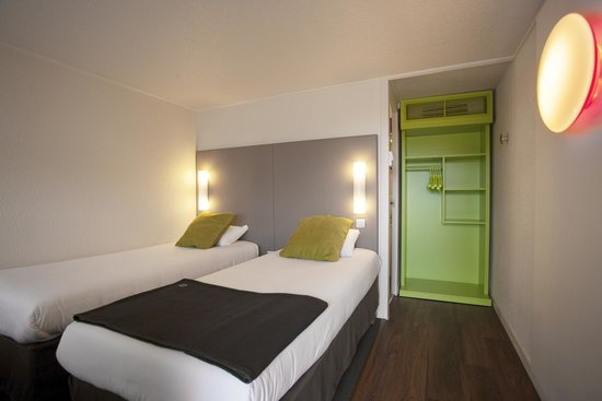 campanile quimper hotel france voir les tarifs 148 avis et 28 photos. Black Bedroom Furniture Sets. Home Design Ideas