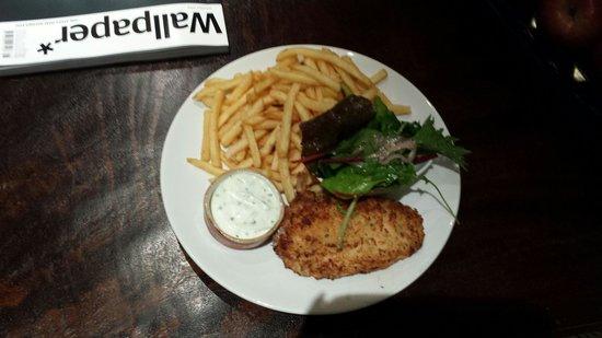 Radisson Blu Edwardian Grafton Hotel: chicken kiev and fries had for room service