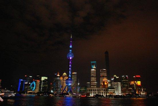 Les Suites Orient, Bund Shanghai : The Shanghai Lights!!