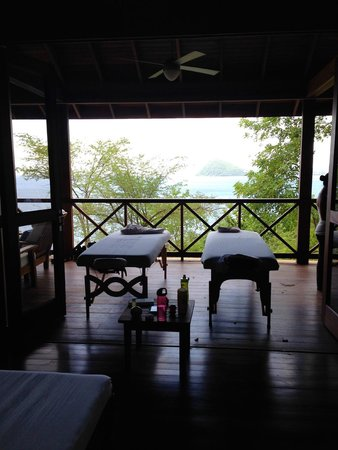 Secret Bay: Couples massage in our villa!