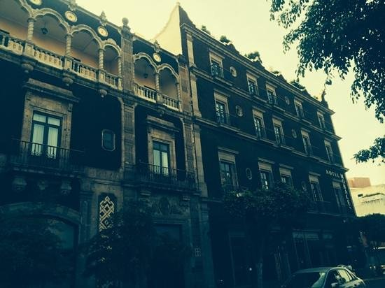 Hotel Morales Historical & Colonial Downtown Core: fachada..