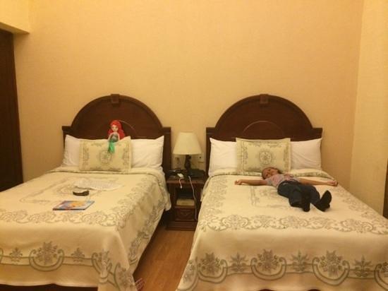 Hotel Morales Historical & Colonial Downtown Core: a descansar..!