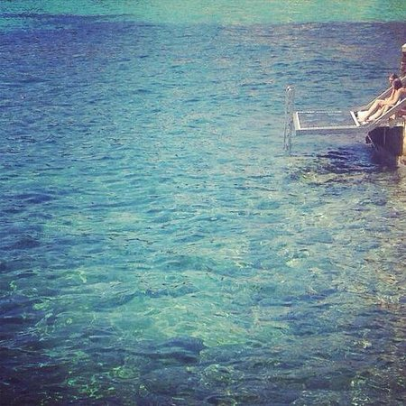 Hospes Maricel Mallorca & Spa: agua azul