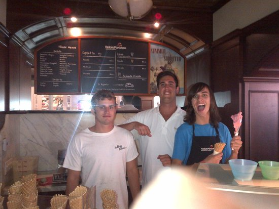 Gelato Paradiso: This is the great energy from Team GP.