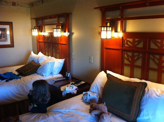 Disney's Grand Californian Hotel & Spa: Beds