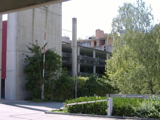 Dorint Hotel An der Kongresshalle Augsburg: Parkhaus vom Hotel
