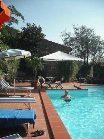 Agriturismo Ca de Carlicchi: la piscina