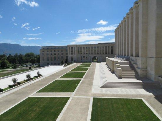 UNOG - Palais des Nations: Grounds of the UNOG