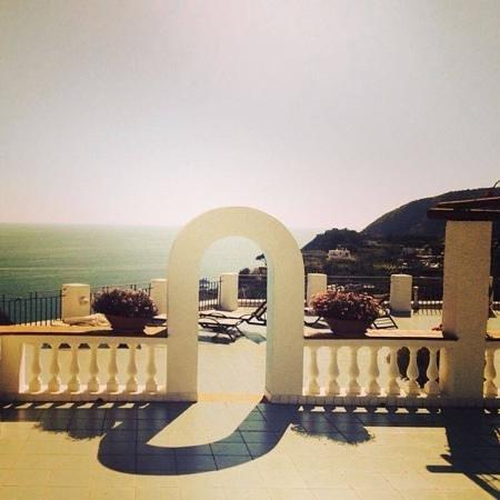 Park Hotel & Terme Romantica : terrazzo della stanza vista mare