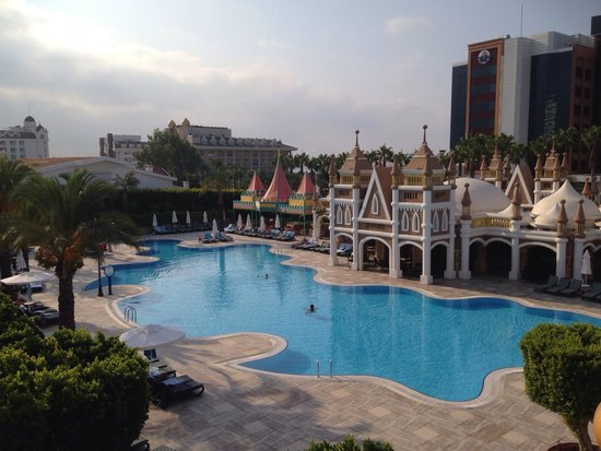 Kamelya K Club: Family pool. Was quite deep but there are pools more suitable for children.