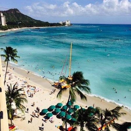 Outrigger Waikiki Beach Resort : ラナイからの眺め