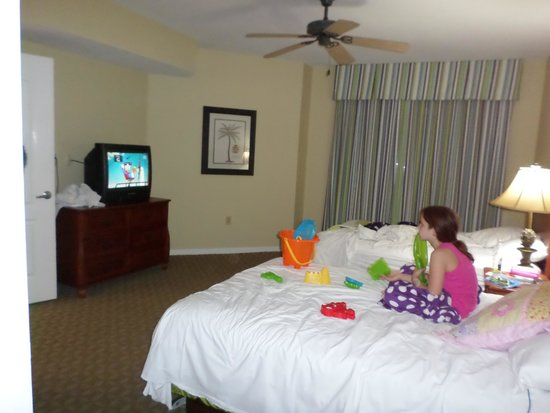 Wyndham Sea Gardens: guest bedroom