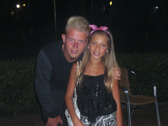 Club MAC Alcudia: My daughter with Club Mac entertainer Jamie