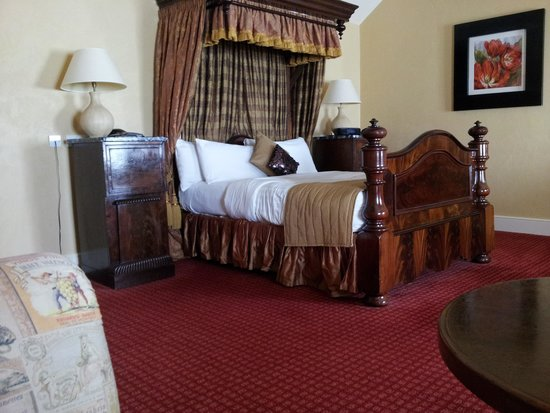 Best Western Premier Doncaster Mount Pleasant Hotel: the lovely bed